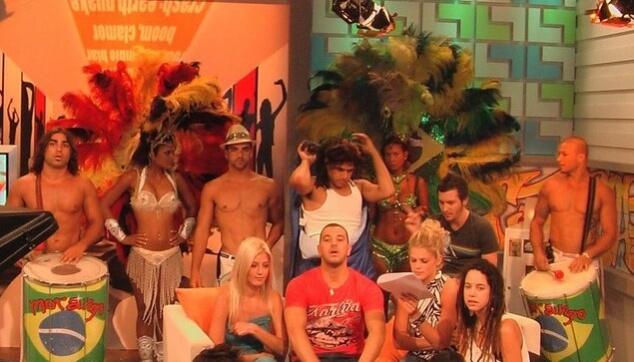 הלהקה הברזילאית מתארחת בערוץ הילדים