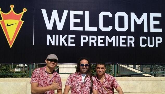 המתופפים הברזילאים באירוע של נייקי