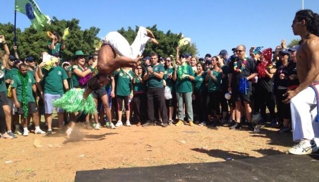 מופע קפוארה ביום הספורט של משטרת ישראל