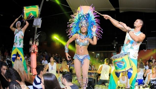 מתופפים ברזילאים למסיבות