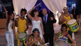 מתופפי הבטוקדה בחתונה
