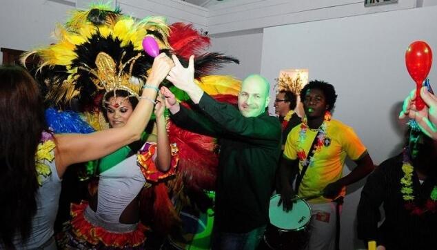 רקדניות ברזילאיות לבת מצווה