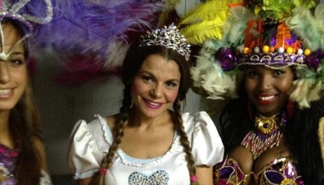רקדניות ברזילאיות עם רינת גבאי