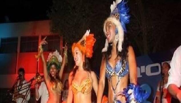 רקדניות לבית הספר הריאלי חיפה