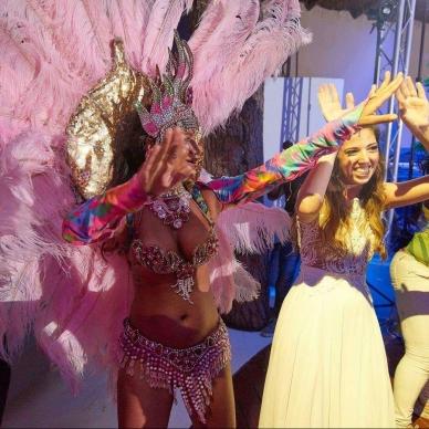 רקדניות לחתונה בקצב ברזילאי מטורף