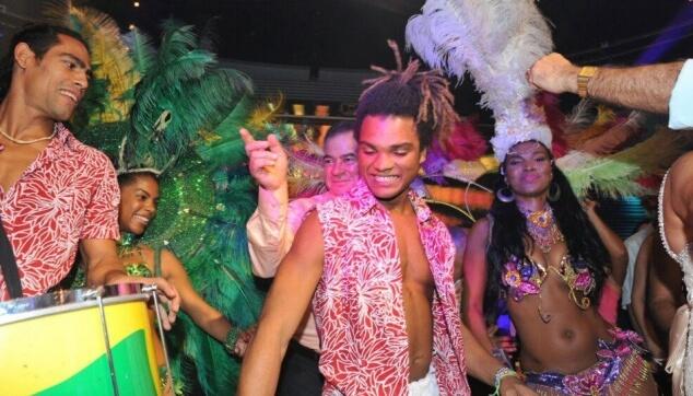 רקדנים ברזילאים לאירועים