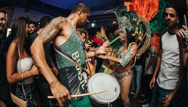 רקדנים ברזילאים למסיבות
