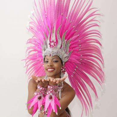 רקדנית ברזילאיות בורוד