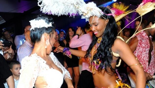 רקדנית ברזילאית לחתונה
