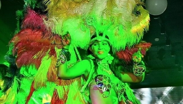 רקדנית ברזילאית brazilan dancer
